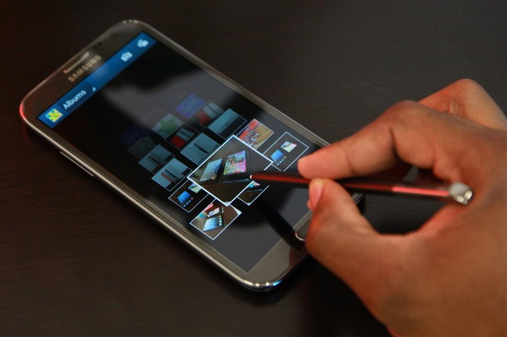 روم nemesis للنوت 2 N7100 تحديث كتكات 4.4.4