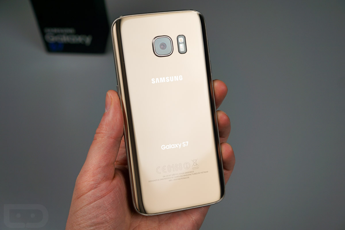 galaxy-s7-unboxing-13