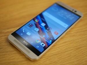 Photo of اتش تي سي تكشف عن هاتف HTC One M9 وسوارة اللياقة HTC GRIP ونظارة الواقع الافتراضي HTC VALVE