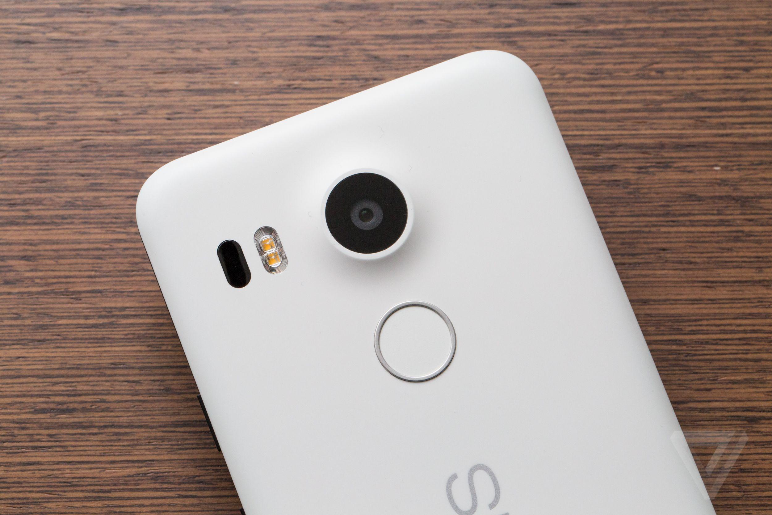 Photo of اطلاق تحديثات لهواتف Nexus 5X
