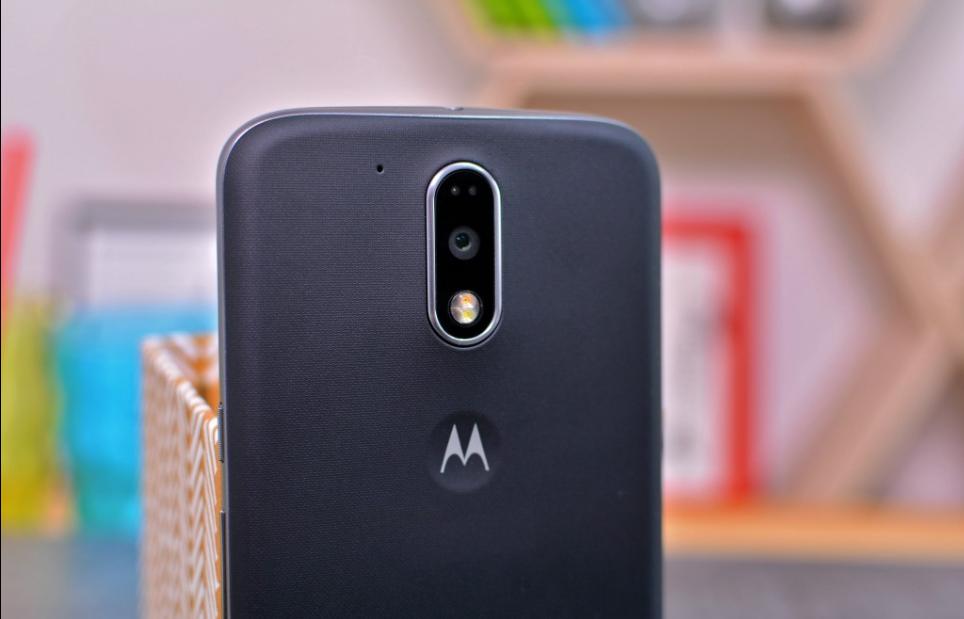 Photo of رسميا : لينوفو تعلن عن هاتفيها Moto G4 Plus و Moto G4 !! تعرف على مواصفاتهما